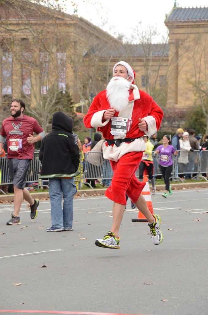 Philly Marathon approaching finish 3