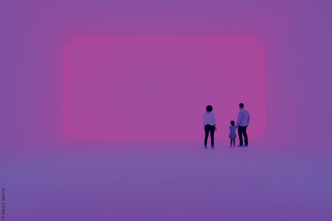 Perfectly Clear (Ganzfeld), James Turrell, 1991. Colored light installation.
